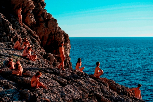 42837-Capri-Revolution_-_Mario_Martone__5_.jpg